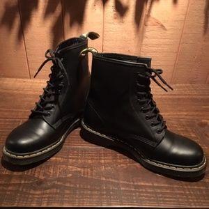 1460 Dr Martens 8 Hole Boot US 11 / UK 10 Men's